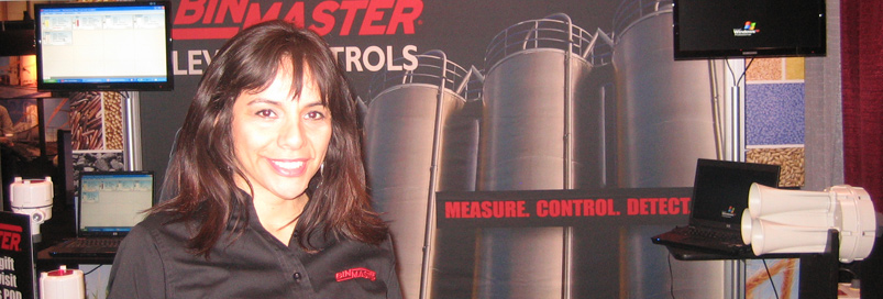 BinMaster sales person at BinMaster trade show